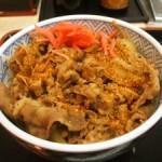吉野家・すき家・松屋 3つの牛丼屋を比較!それぞれの特徴など