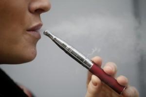 電子たばことは?害やしくみ、ニコチンについて | |