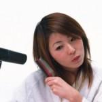 髪の毛の痛みとは?改善法など チリチリやうねりを修復したい!